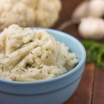 Paleo Cauliflower Mashed Potatoes with Garlic & Dill