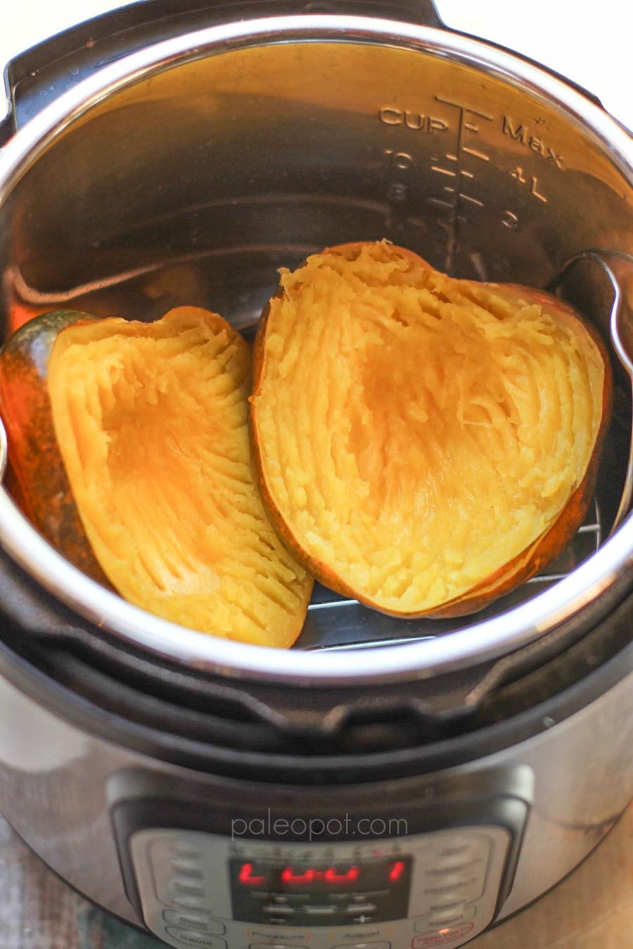 instantpot_acorn_squash_cooked_large_900px